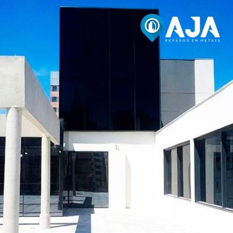 Empresa de Conservação de Fachada de Comércio Ermelino Matarazzo - Conservação de Fachada de Clínica