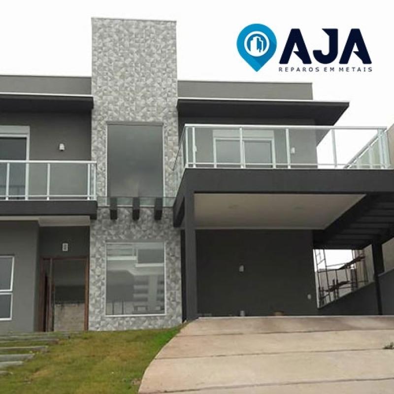 Empresa de Reparo para Janelas de Alumínio Jardins - Reparo em Porta de Alumínio