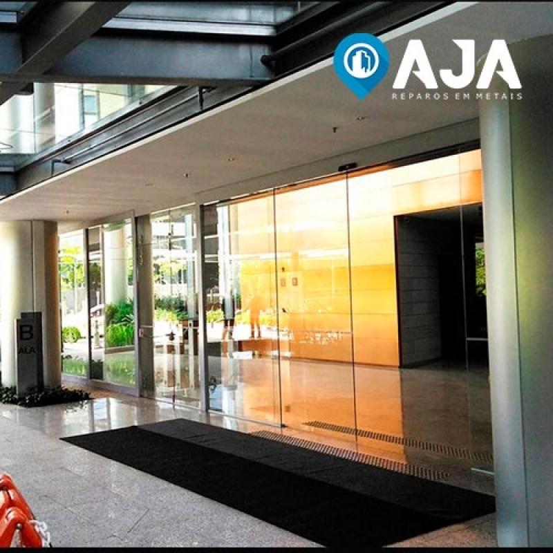 Reparo de Perfil de Alumínio Porta de Vidro Valor Peruíbe - Reparo de Perfil de Alumínio de 20x20