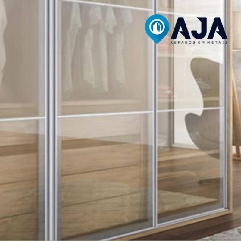 Reparo de Perfil de Alumínio Porta de Vidro Bertioga - Reparo de Perfil de Alumínio de 20x20