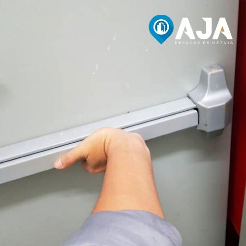 Reparo de Porta Corta Fogo Industrial Valor Alphaville Industrial - Reparo de Porta Corta Fogo e Acústica