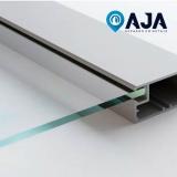 conserto de perfil de alumínio porta de vidro Jardins